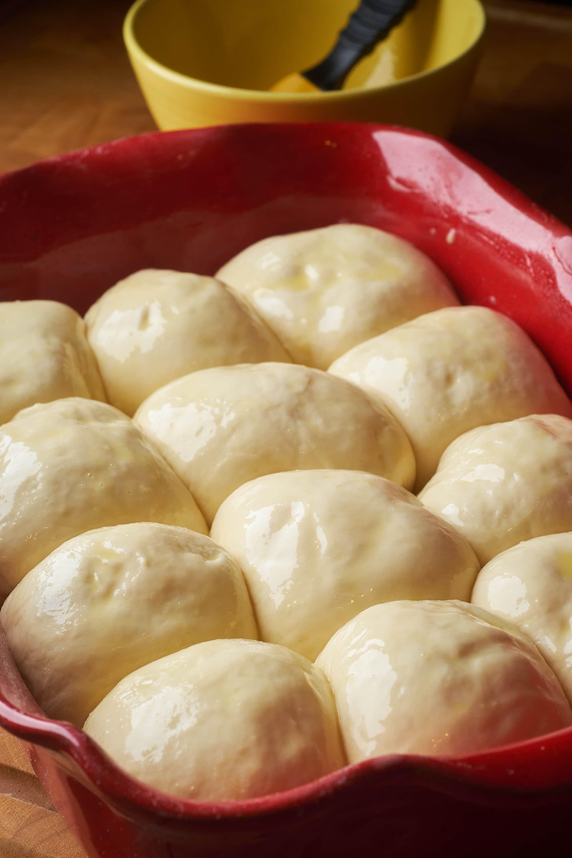 Cheesy Garlic Bread Dinner Rolls
